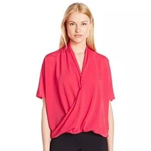NWT! Lucy yoga flow top in island rose - Size xl